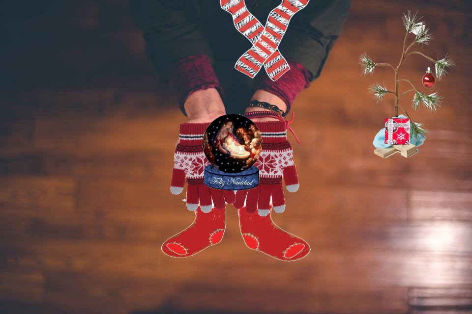 #FreeToEdit #christmas #christmastree #god #jesus #blessed #boots #gloves #scarf #charliebrown #charliebrownchristmas #charliebrowntree